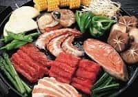 Морепродукты, мясо и овощи