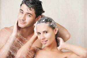 Мужчина, женщина, душ