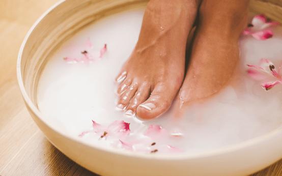 Самые полезные ванночки от грибка ногтей на ногах