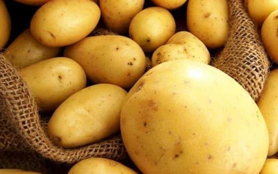 Как с помощью картошки избавиться от бородавок?