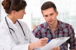 Помощь врача при первых признаках инсульта