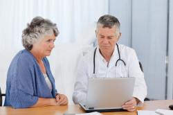 Обращение к врачу при инсульте