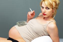 Курение при беременности - причина астмы у ребенка