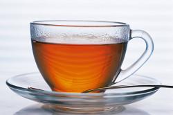 Некрепкий чай при колите