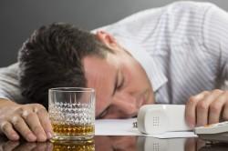 Злоупотребление алкоголем - одна из причин рака прямой кишки