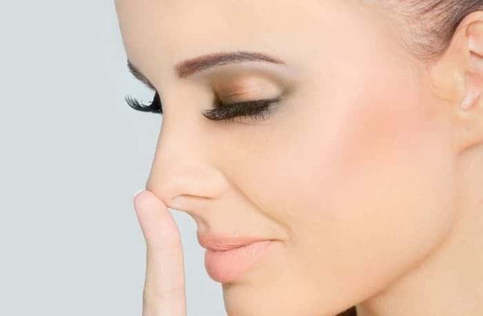 Бородавка на носу