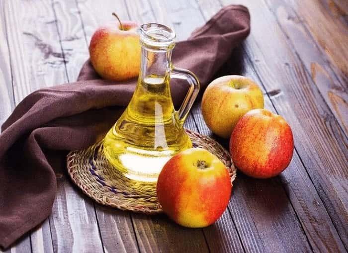 Яблочный уксус от папиллом и бородавок на лице и шее