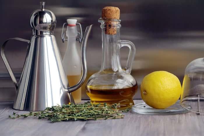 Растительное масло и лимон