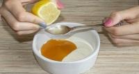 Белая глина с добавлением сока лимона